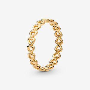 😋Pandora  Band of Hearts Ring